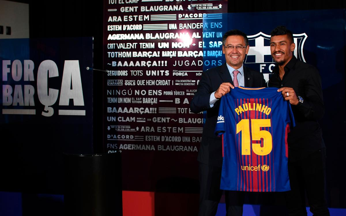 Paulinho signs for Barcelona