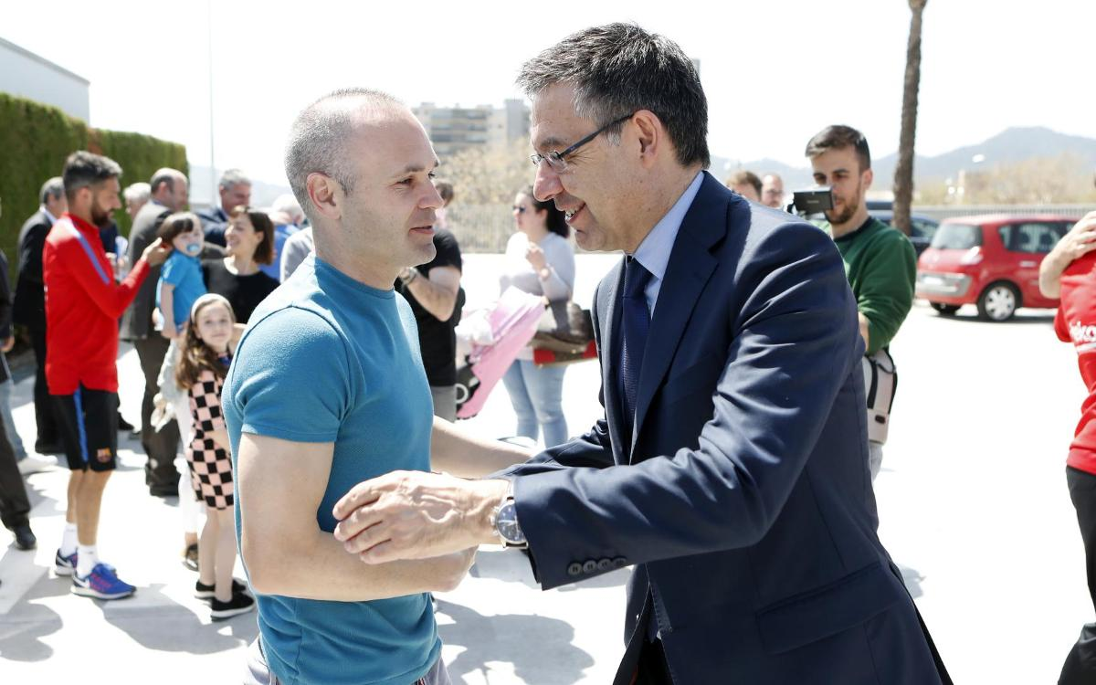 "Josep Maria Bartomeu: ""Iniesta farà un parèntesi, però tornarà"""