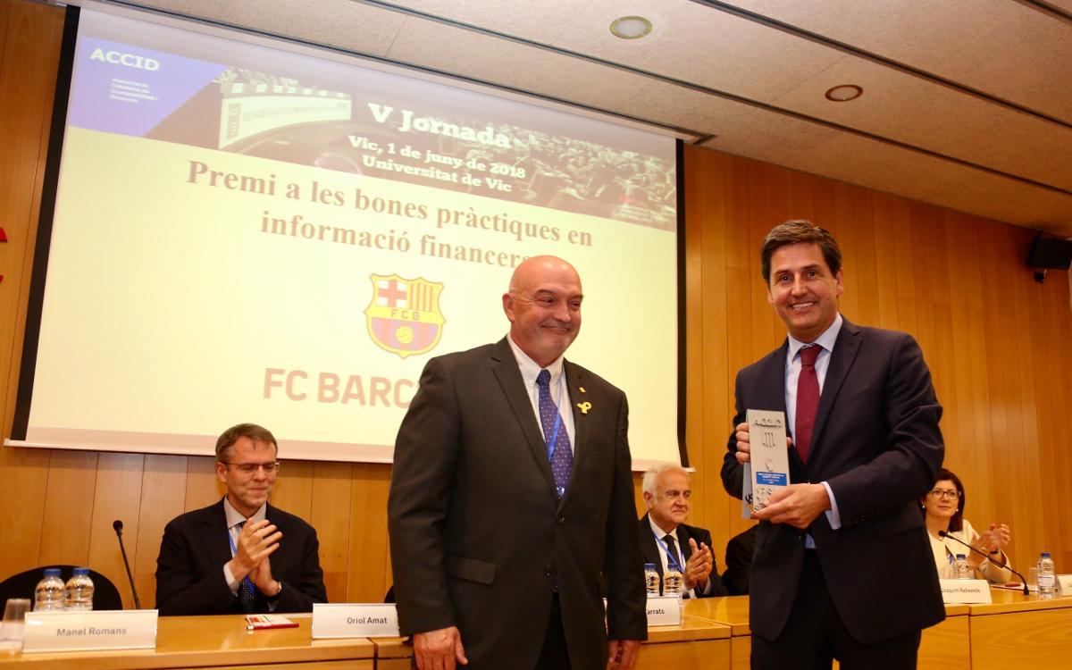 Premio por buenas prácticas en información financiera