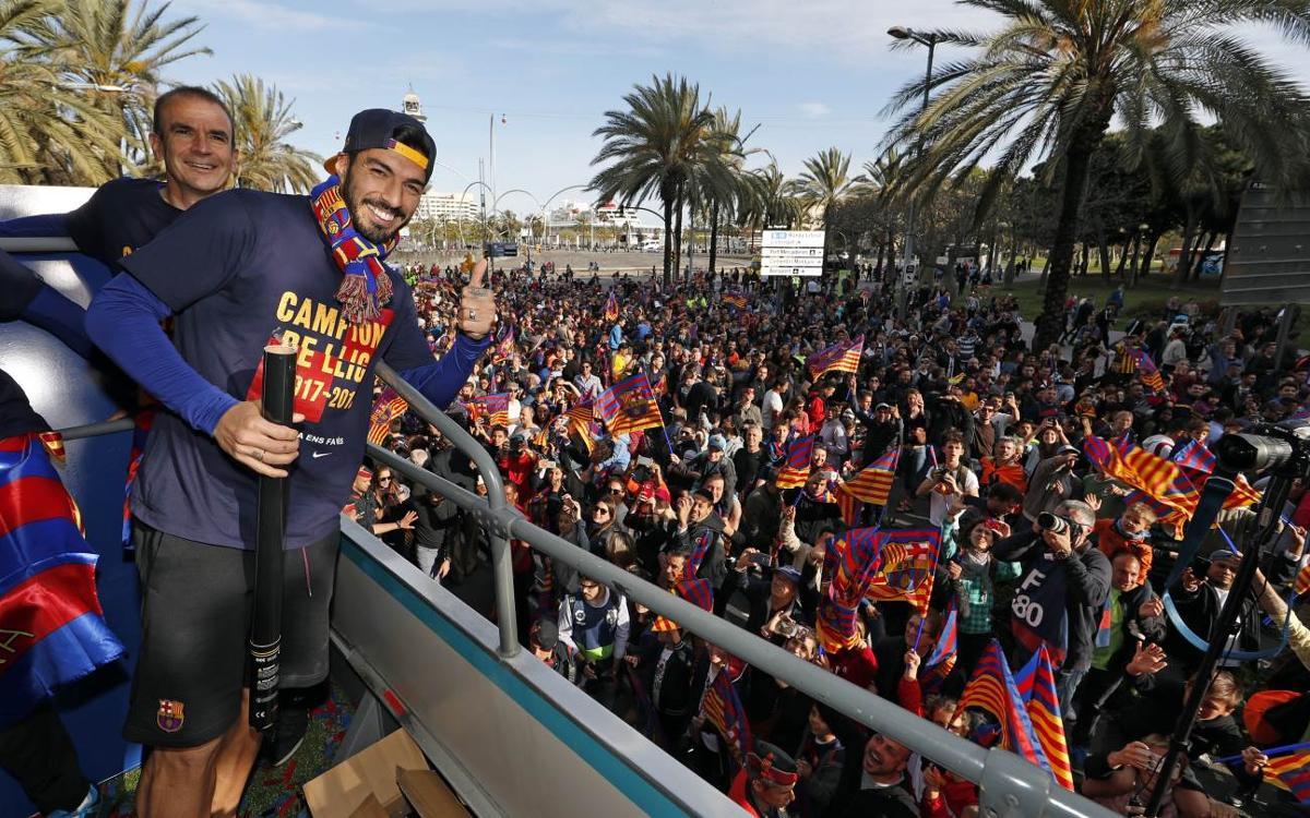 Vidéo - Les coulisses de la parade des Champions d'Espagne 2017-18