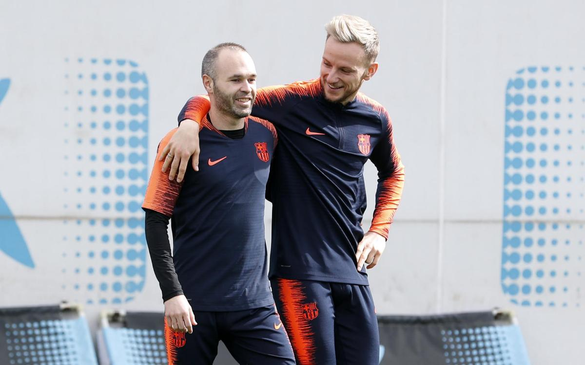 Iniesta joins in with part of Monday training routine