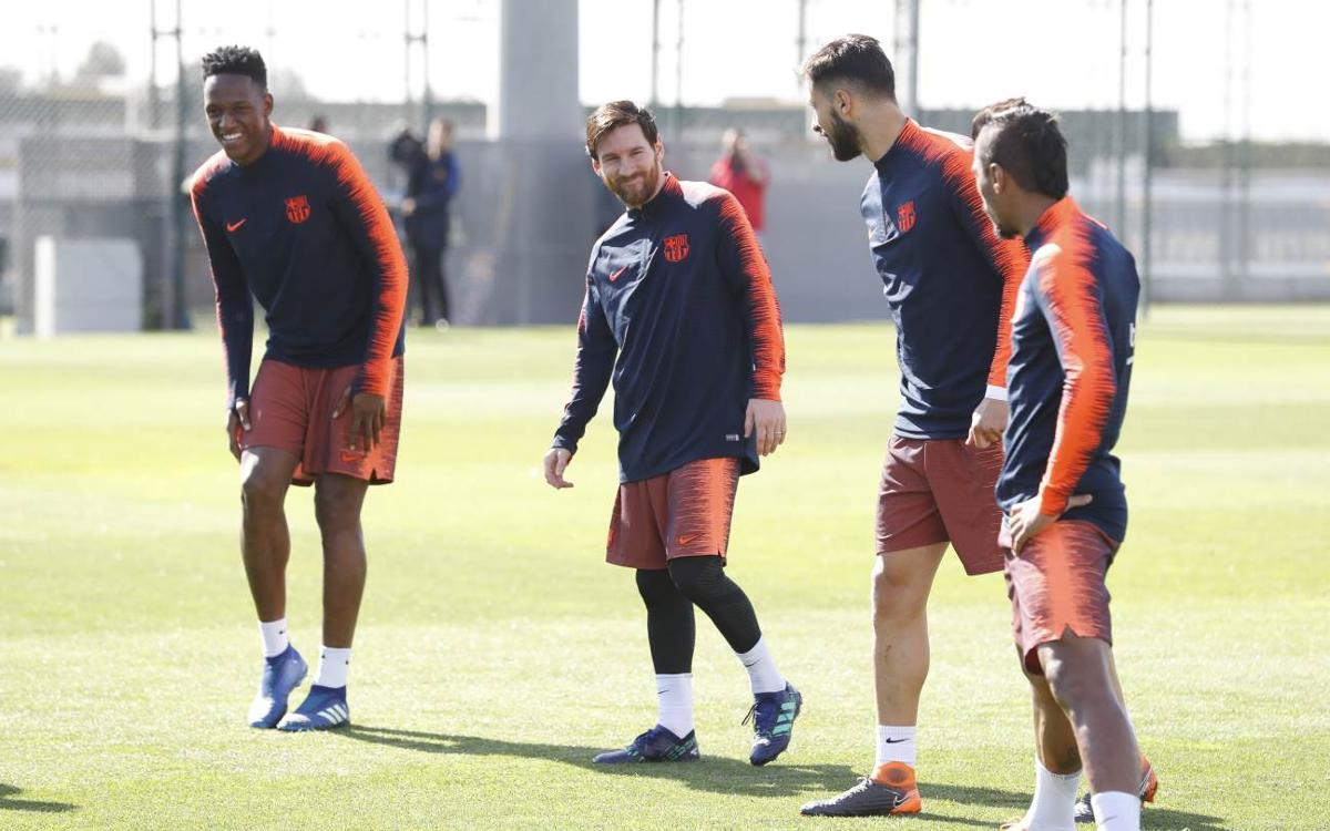 The rest of the international players return to training