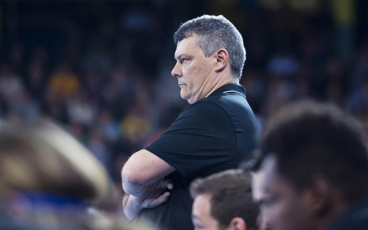 Xavi Pascual deja de dirigir a la selección de Rumanía
