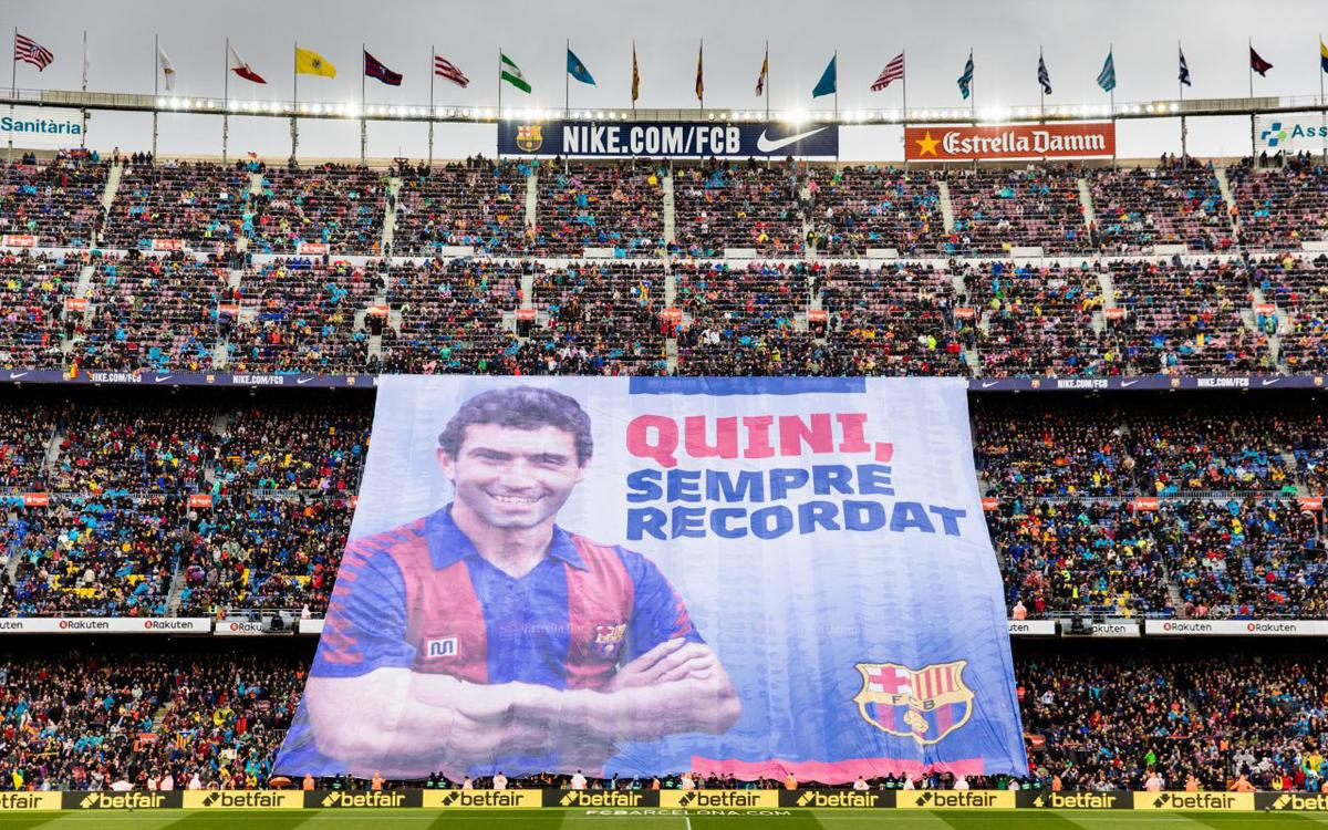 El Camp Nou recuerda a Quini