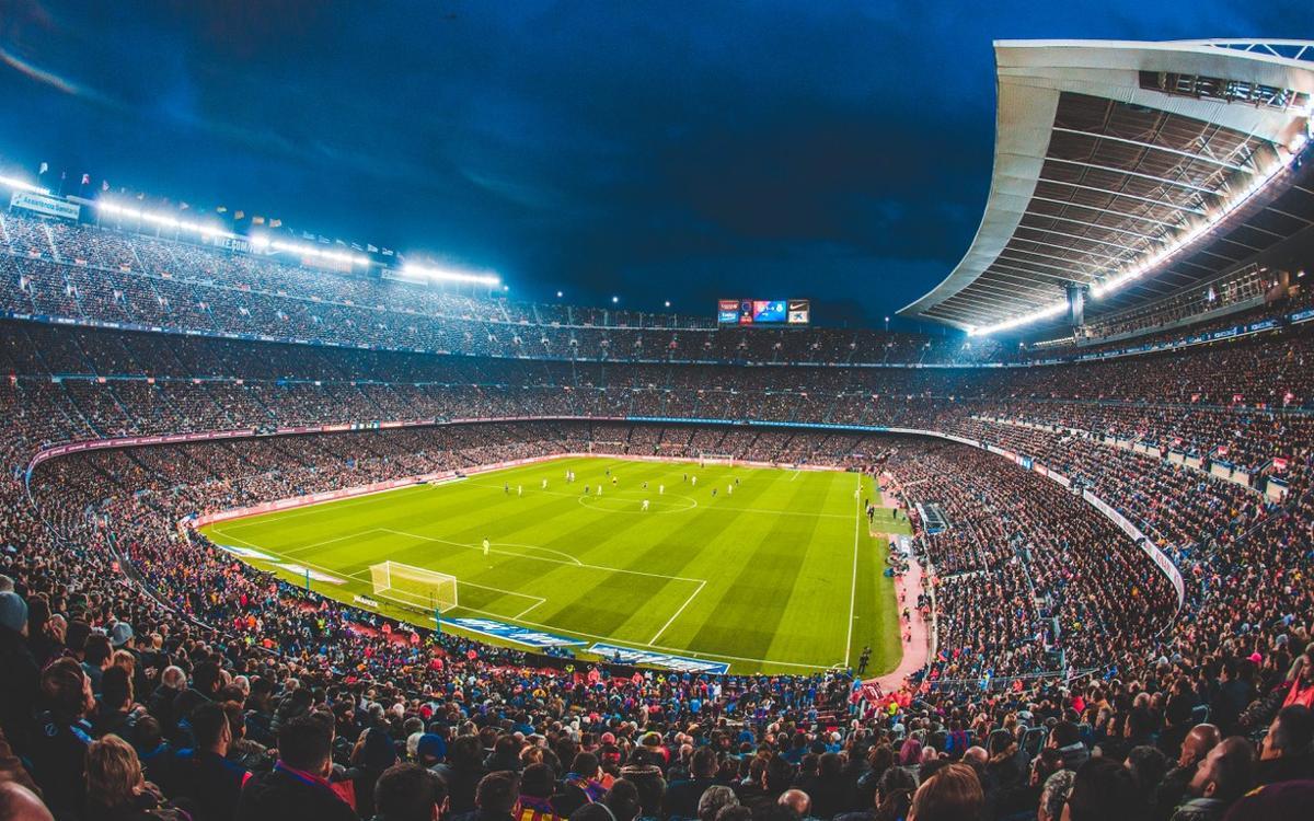 Inicio de la asignación de los nuevos abonos en el Camp Nou