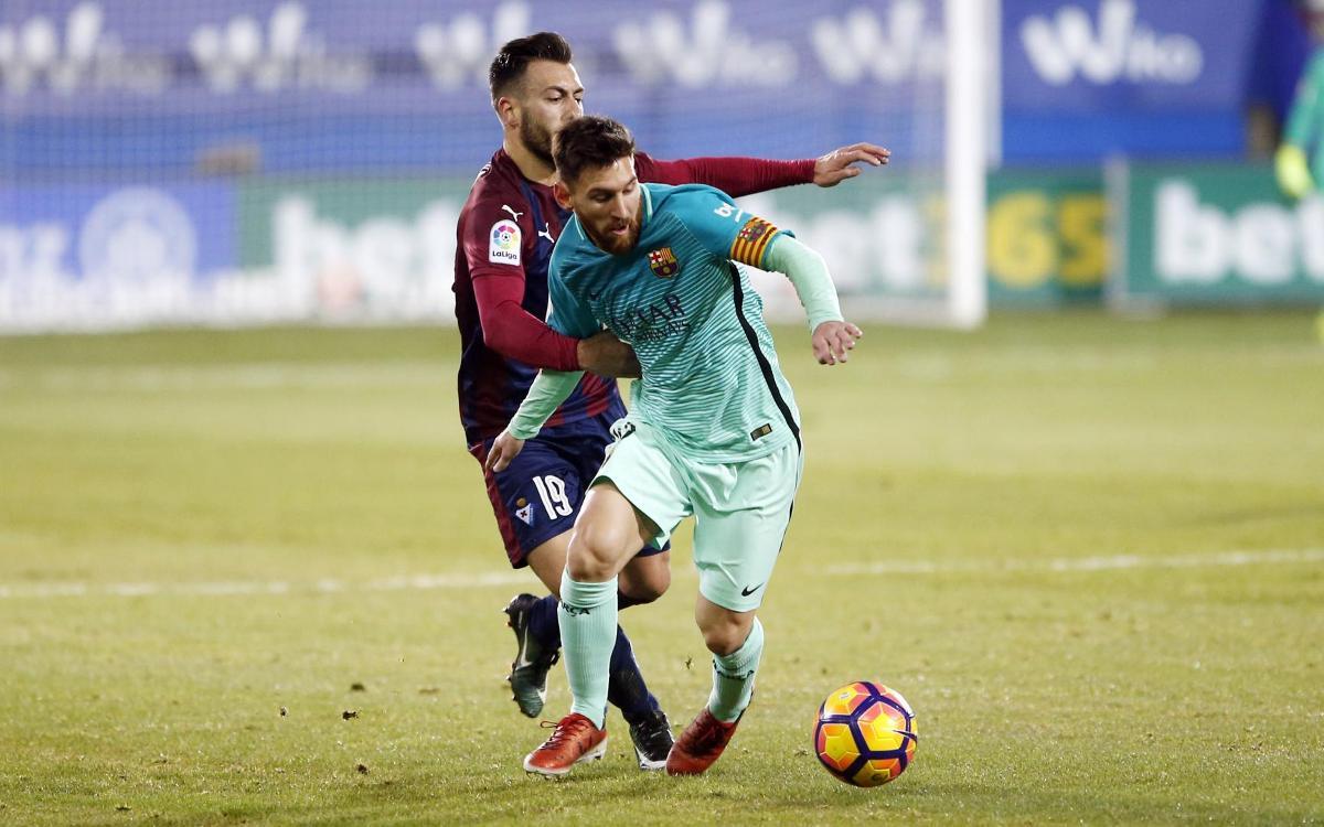Ipurua, escenario de exhibiciones de Lionel Messi