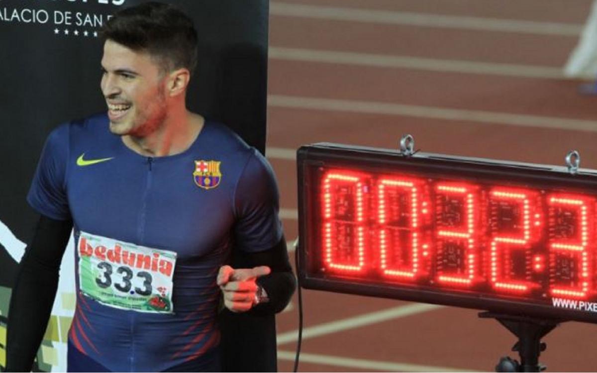 Óscar Husillos, pulveriza el récord de España en los 300 metros (32,39)