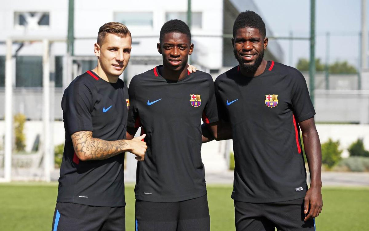 French trio of Umtiti, Dembélé and Digne together at last for Tuesday training