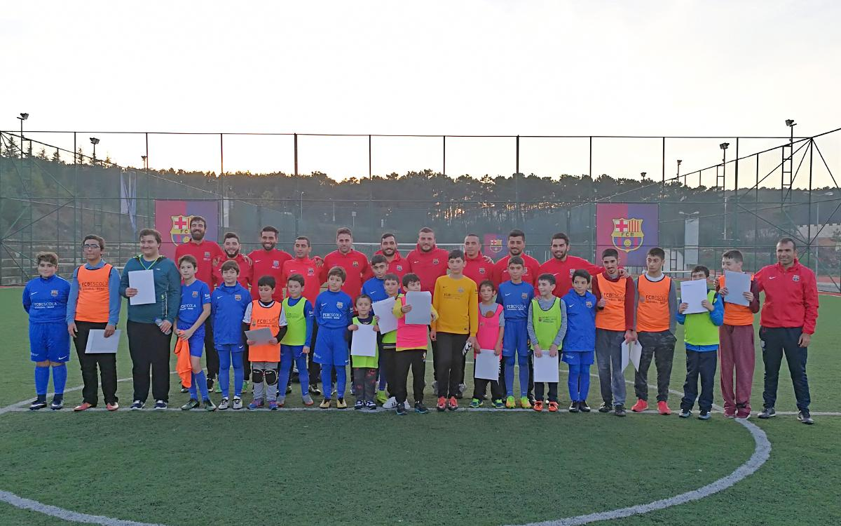 La FCBEscola Estambul y la Fundación Gedik, unidos en una jornada solidaria