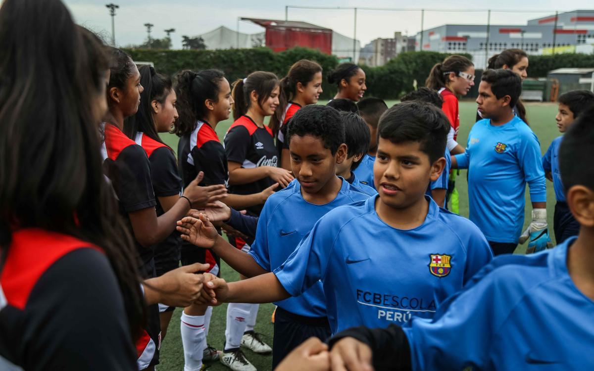 La FCBEscola Perú, de amistosos con la selección femenina Sub17