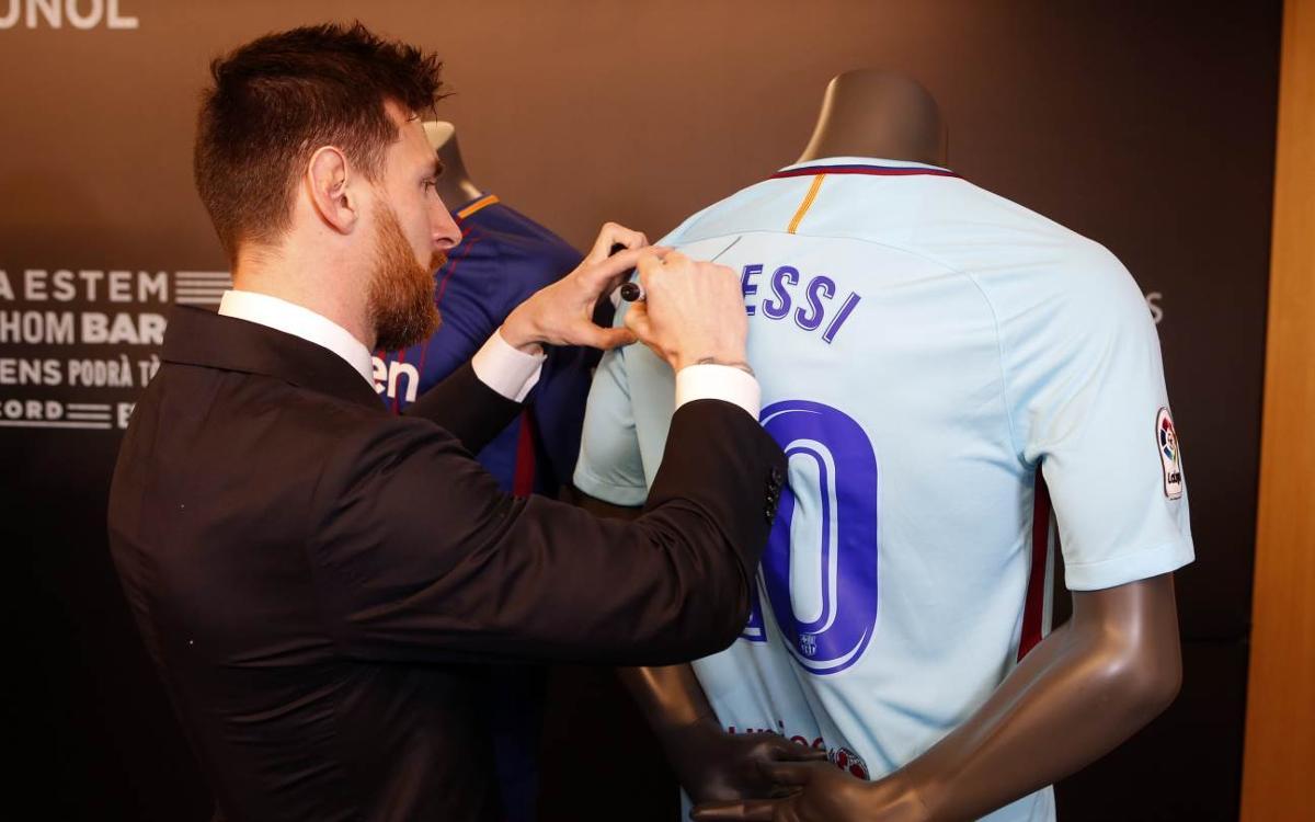 Vidéo - Les coulisses de la prolongation de contrat de Messi avec le FC Barcelone