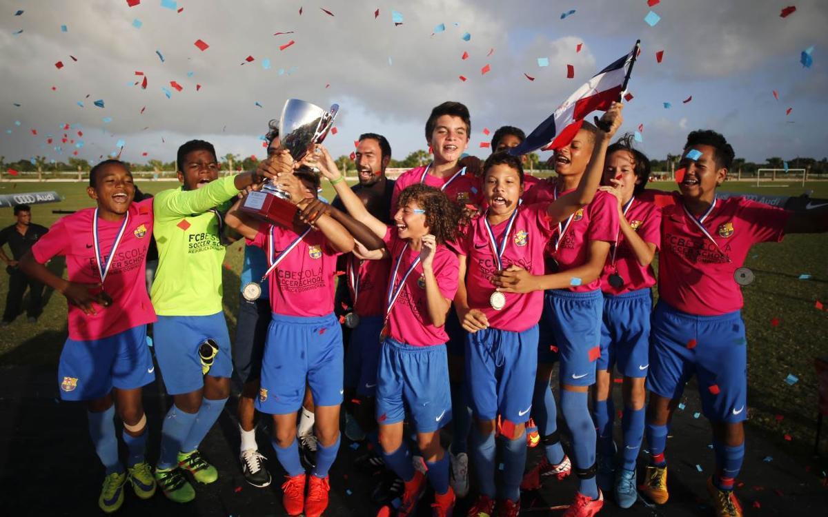 La FCBEscola dominicana copa el podio en Precompetición en Las Américas