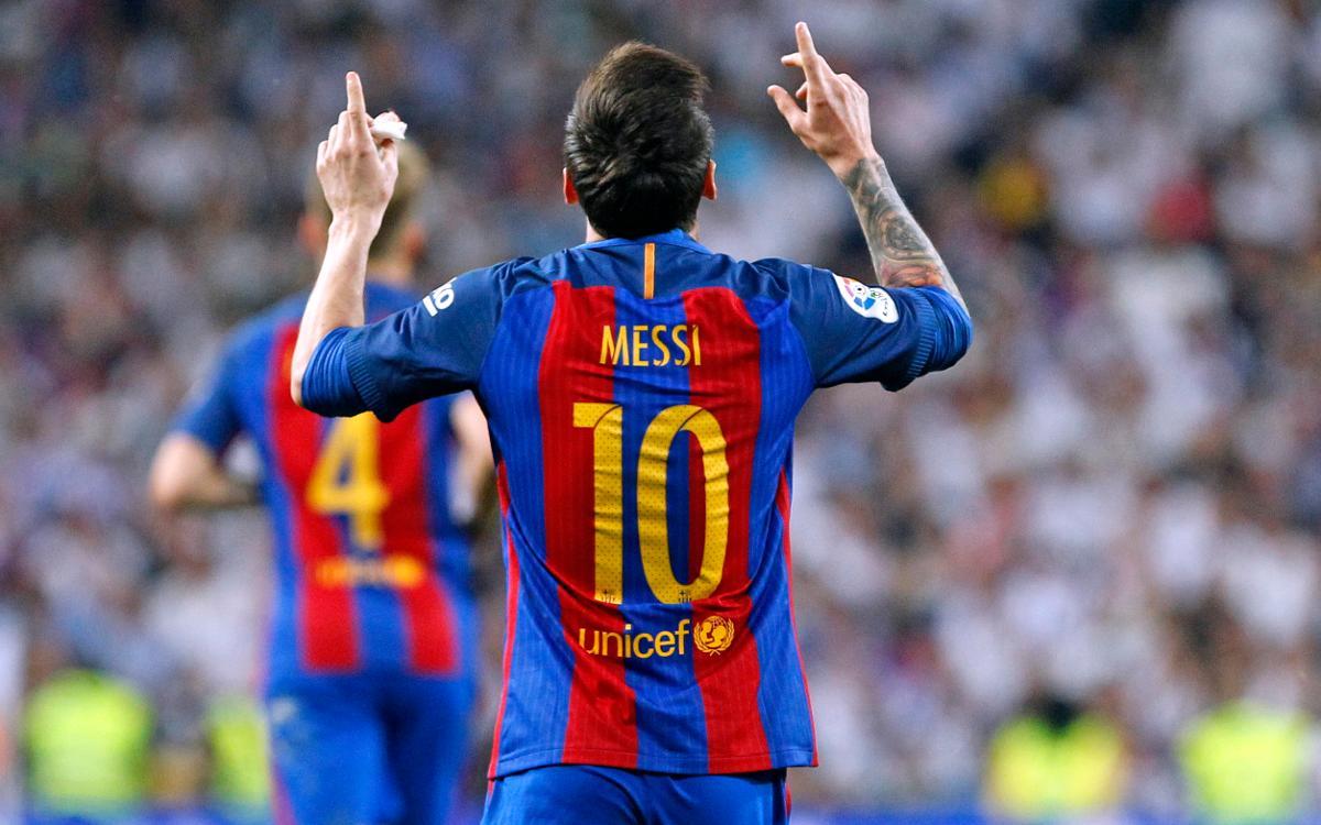 La Masia players congratulate Leo Messi