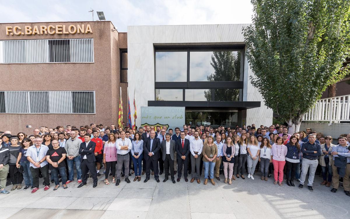 Aturada del FC Barcelona per condemnar l'ús de la violència