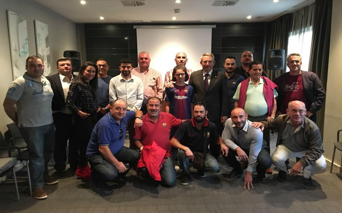 Pau Vilanova meets the Murcia supporters' clubs