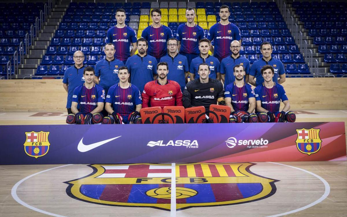 El Barça Lassa de hockey patines se hace la fotografía de equipo