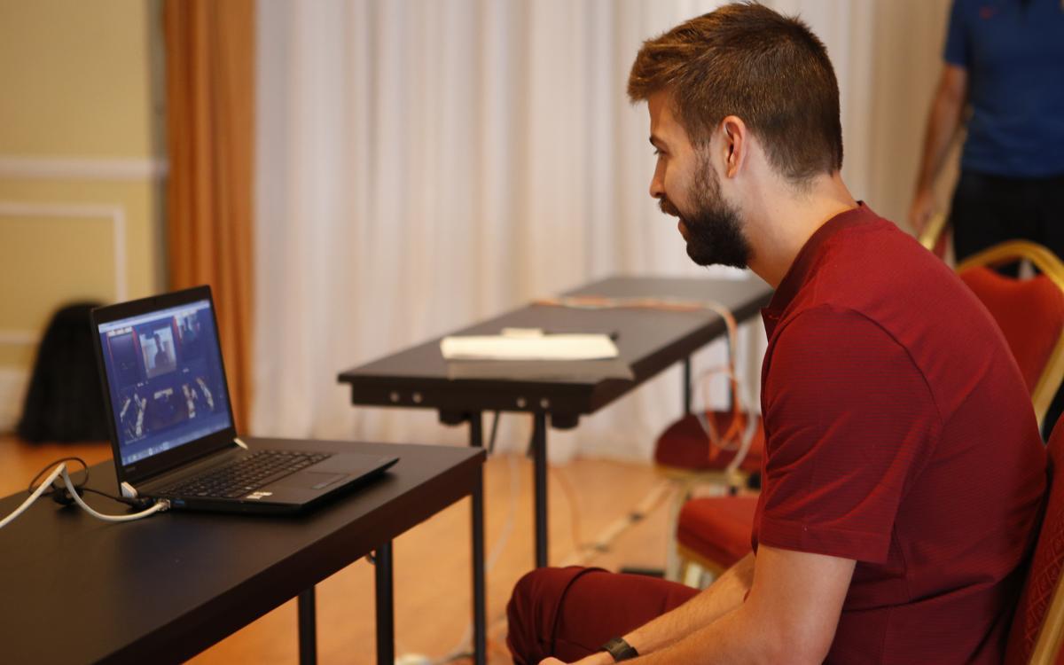 Gerard Piqué teaches Harvard about the Barça way