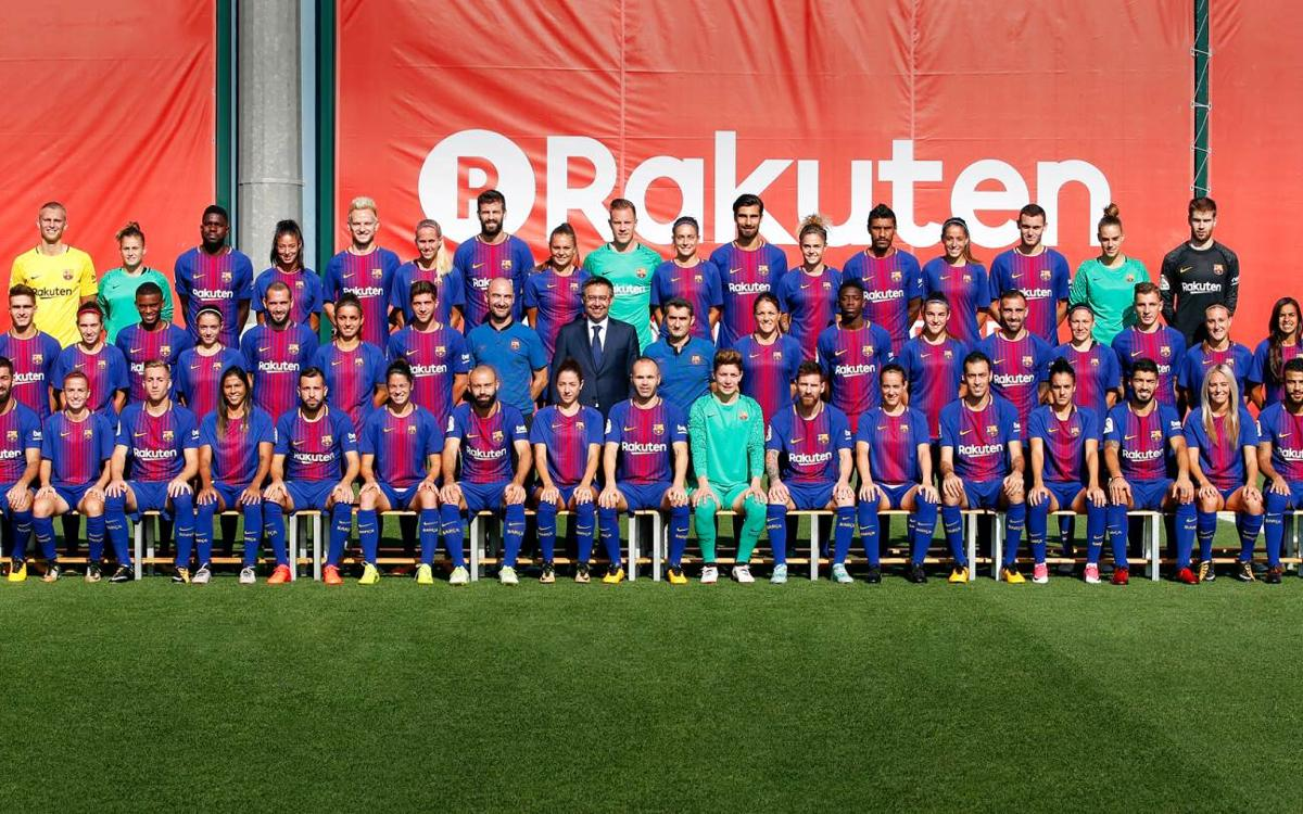 Barça first team and women's team pose for official photo