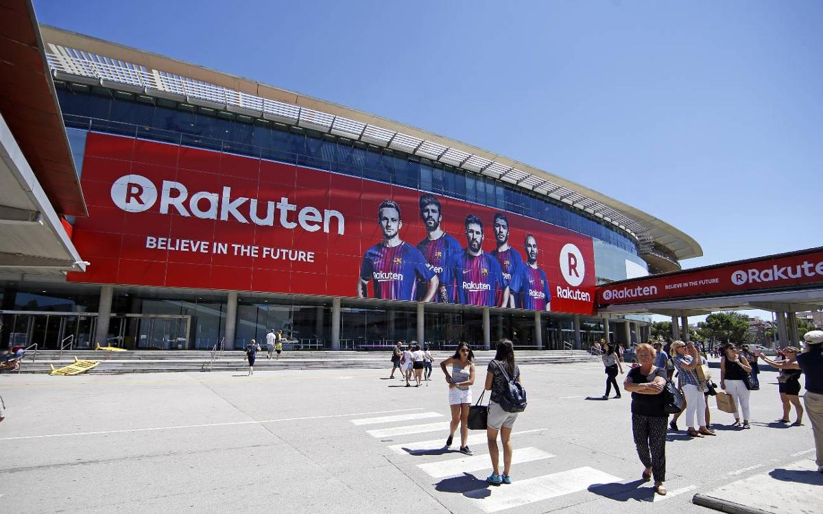Rakuten adorns the façade of the Camp Nou