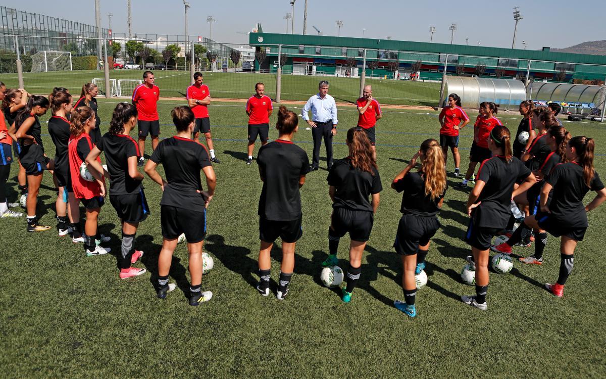 Jordi Mestre da la bienvenida al nuevo Barça Femenino