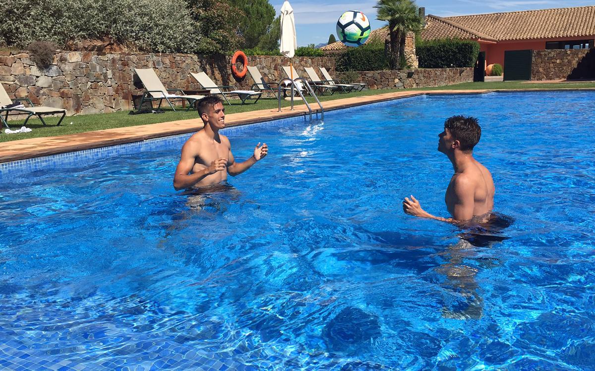 Barça B Skills Challenge: Tocs de cap a la piscina