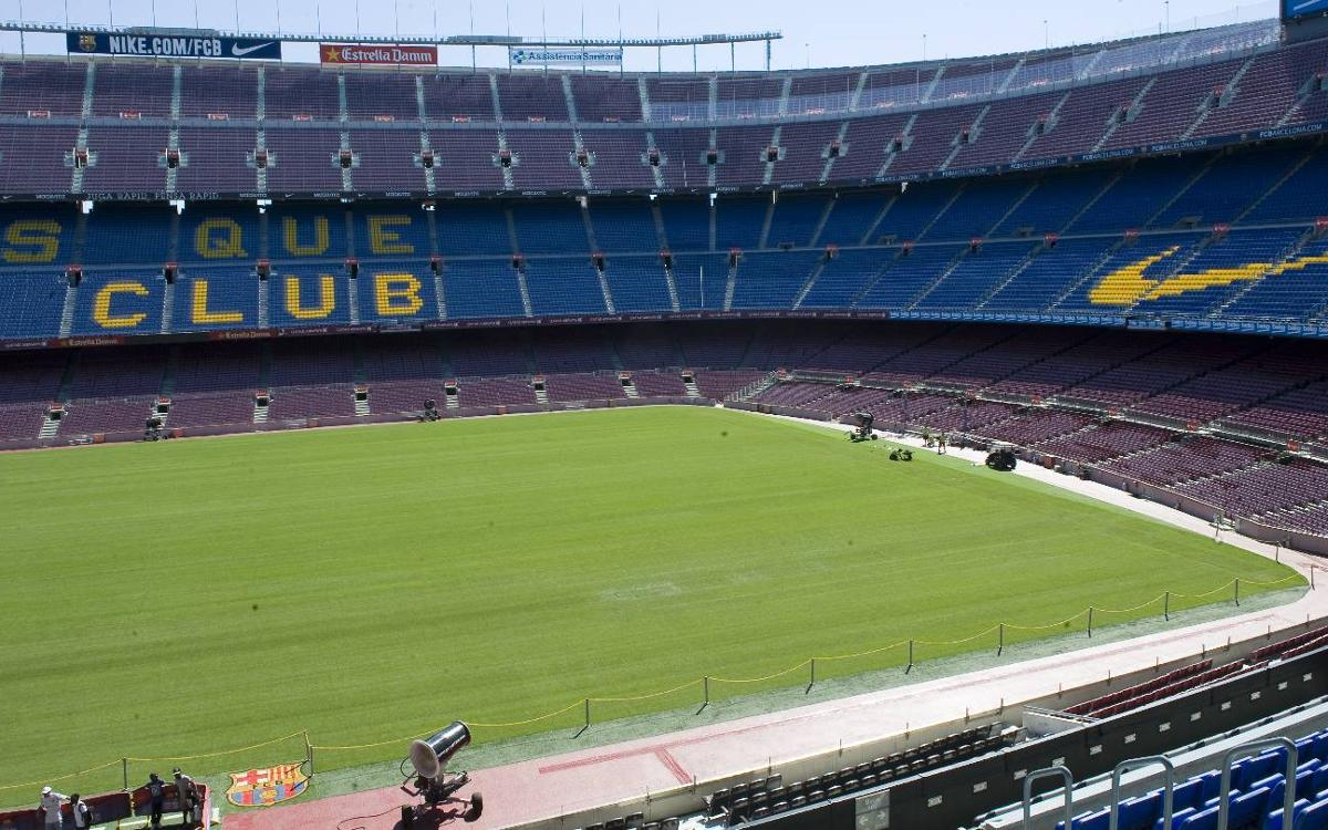 New season and new pitch for Camp Nou