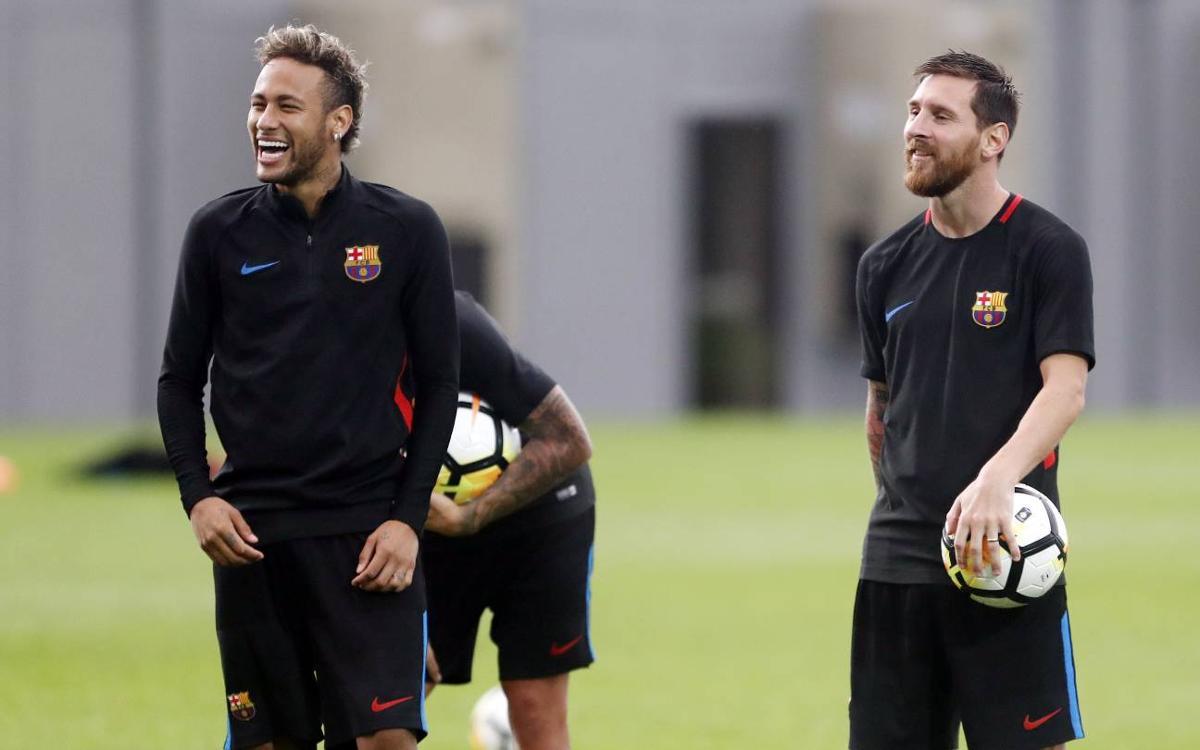 Vidéo - Les membres du trio magique du FC Barcelone Messi, Suarez et Neymar, se défient. Qui l'emportera ?