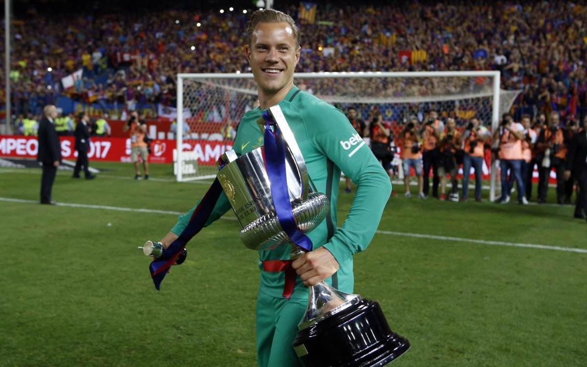 FCバルセロナ、テア・シュテーゲンと 2022年まで契約更新