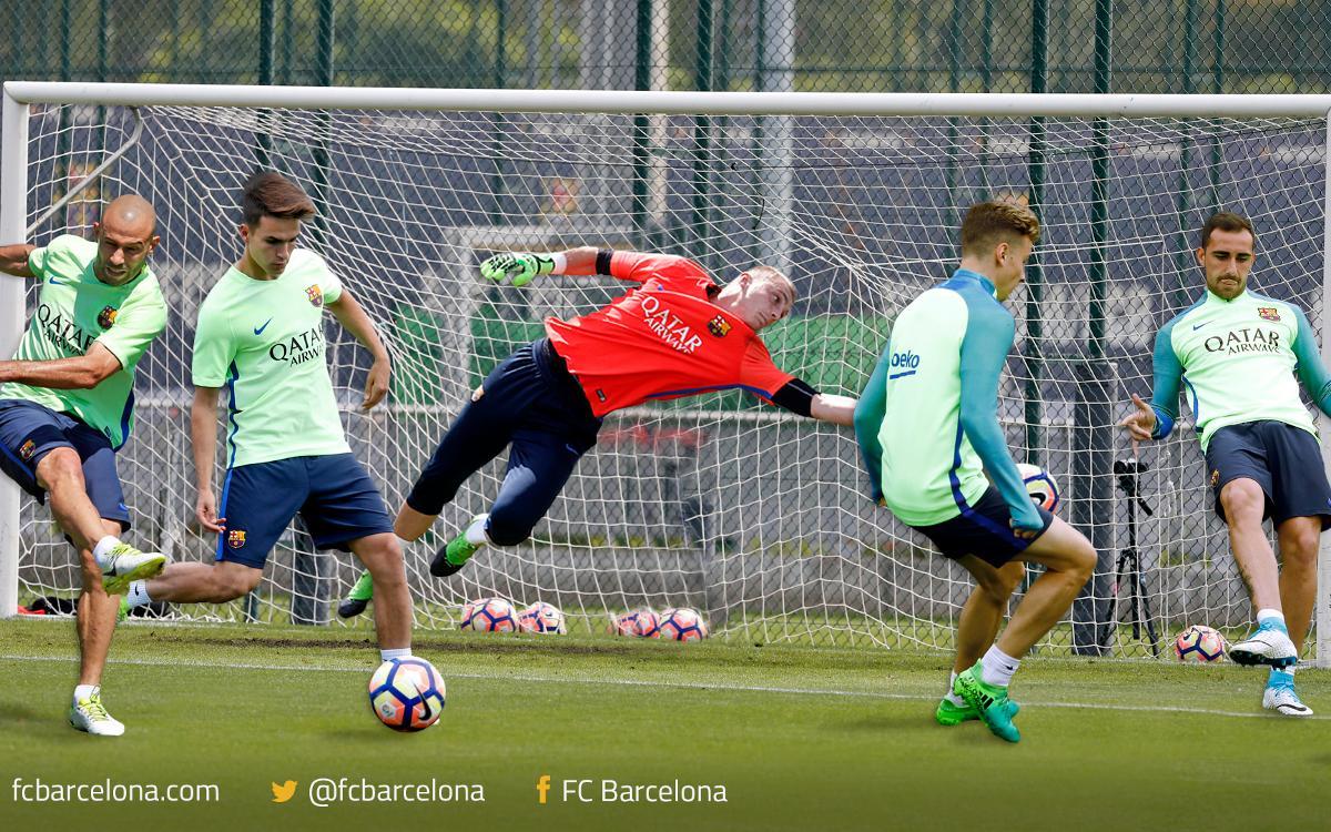 Vidéo - Quel joueur du FC Barcelone battra Cillessen ?