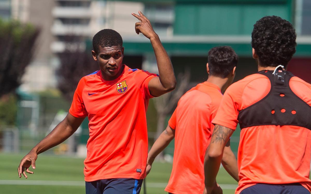 Marlon Santos: Privilege to be staying at Barça