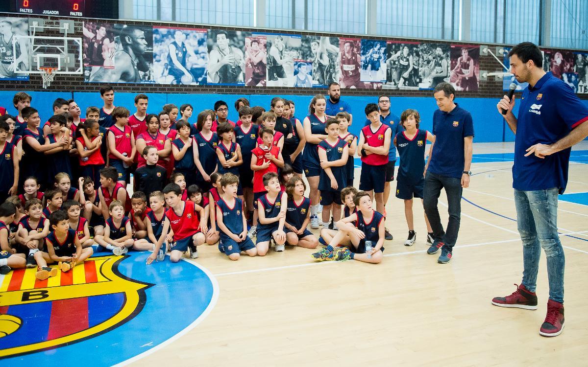 Pierre Oriola, convidat de luxe de la cloenda de la Barça Escola Basket Barcelona