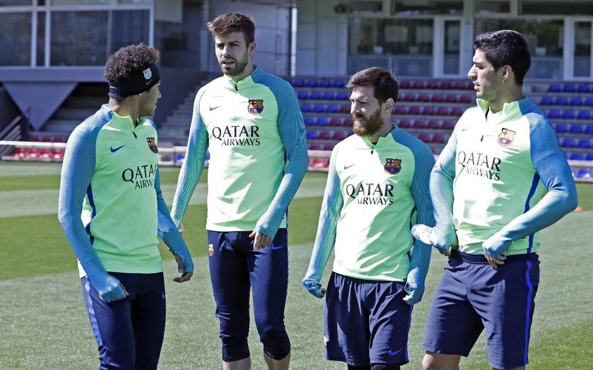 Last training session before the derby