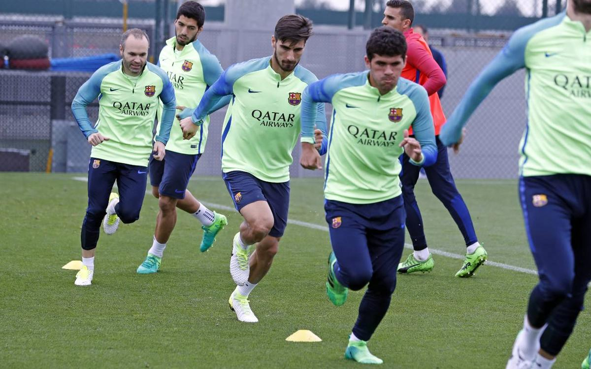 Gerard Piqué is left out of the squad for the trip to Granada