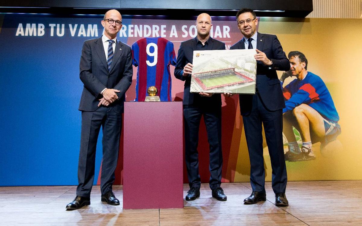 Josep Maria Bartomeu: 'The Barça-Cruyff story will last forever'