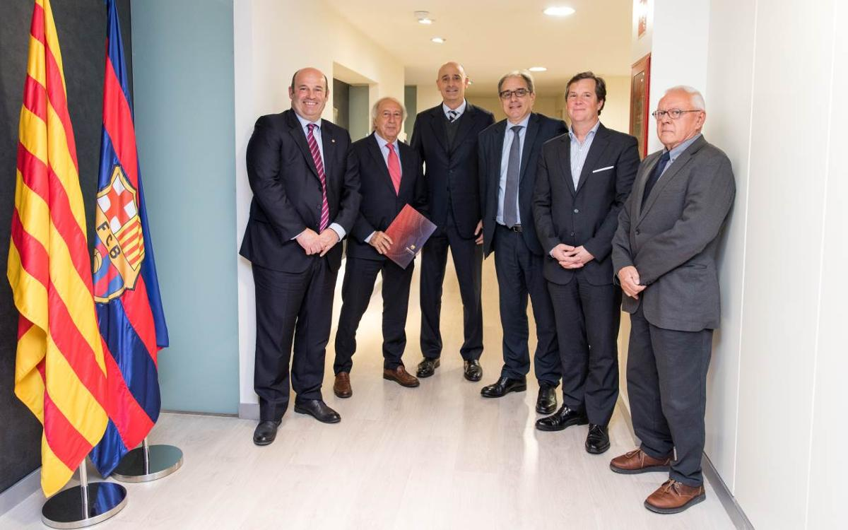 L'Espai Barça signa un conveni de col·laboració amb l'associació i el col·legi d'enginyers industrials de Catalunya