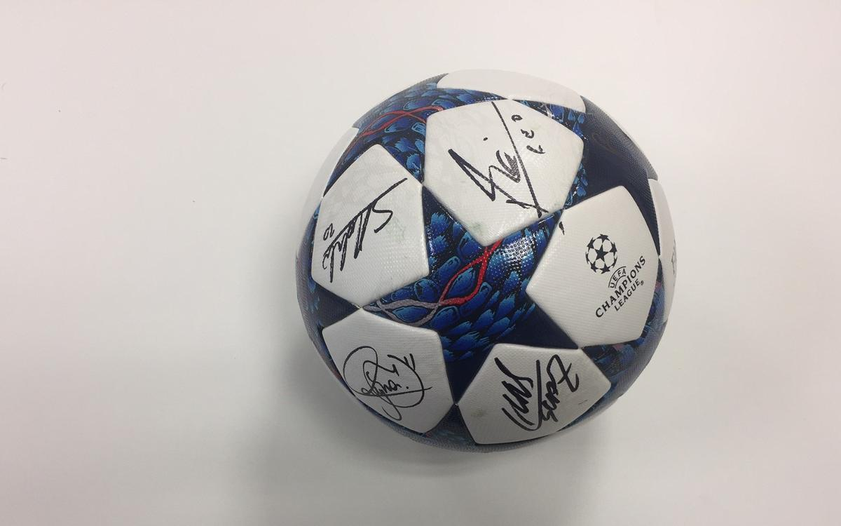 We have a winner of the Barça–PSG comeback game ball!