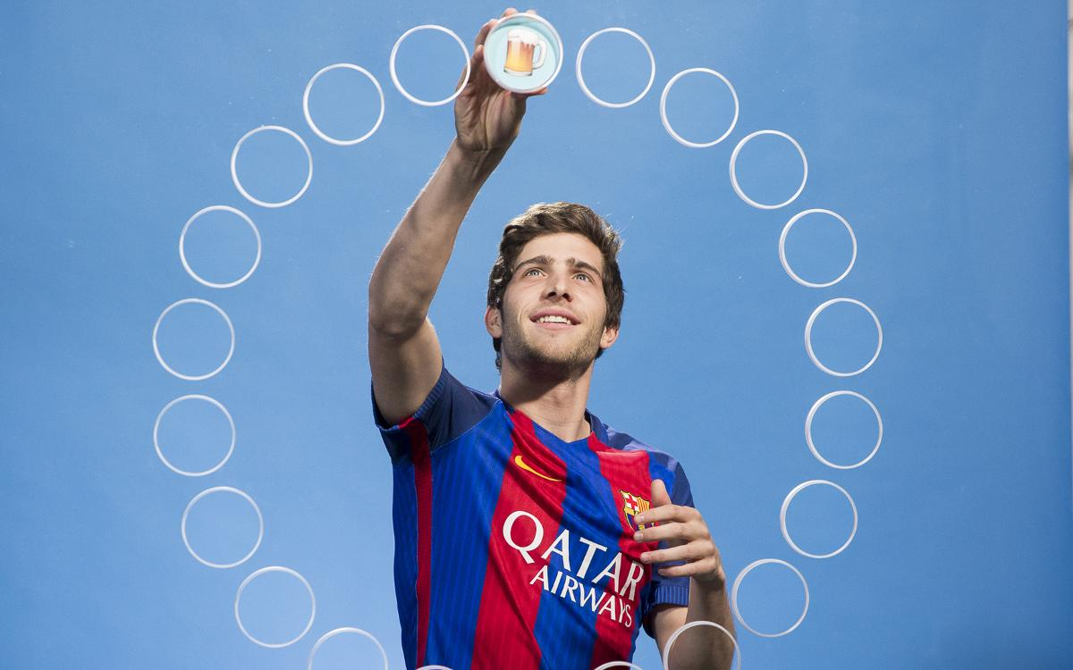 Sergi Roberto describes each teammate with emojis