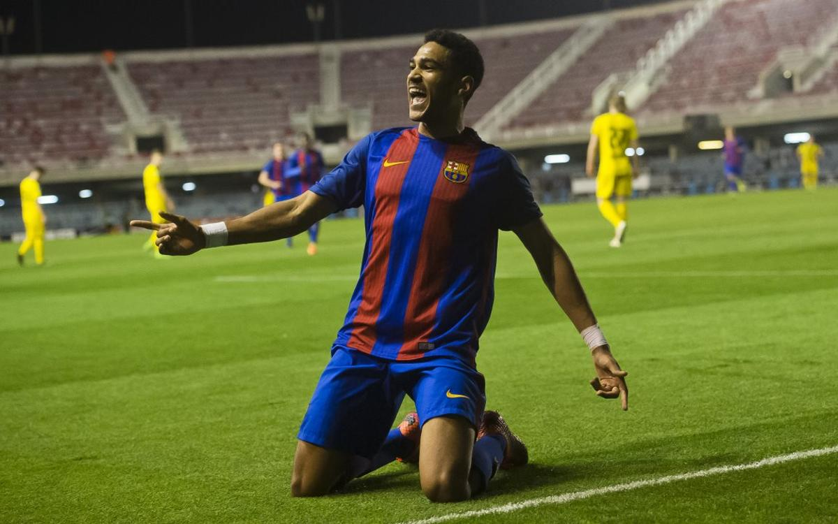 Jordi Mboula scores wonder goal against Borussia Dortmund in UEFA Youth League