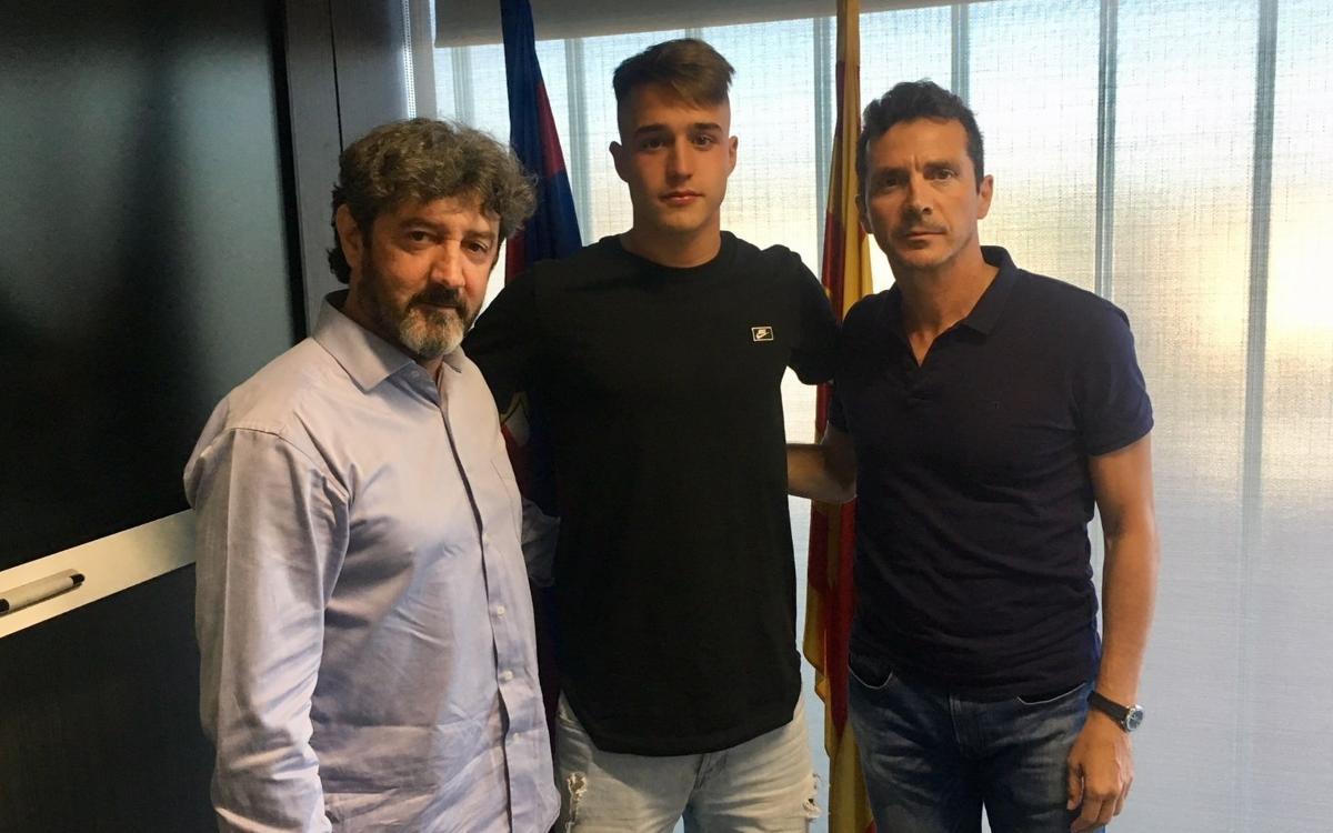 Los juveniles Arnau Tenas y José Martínez apuestan por seguir en el Barça