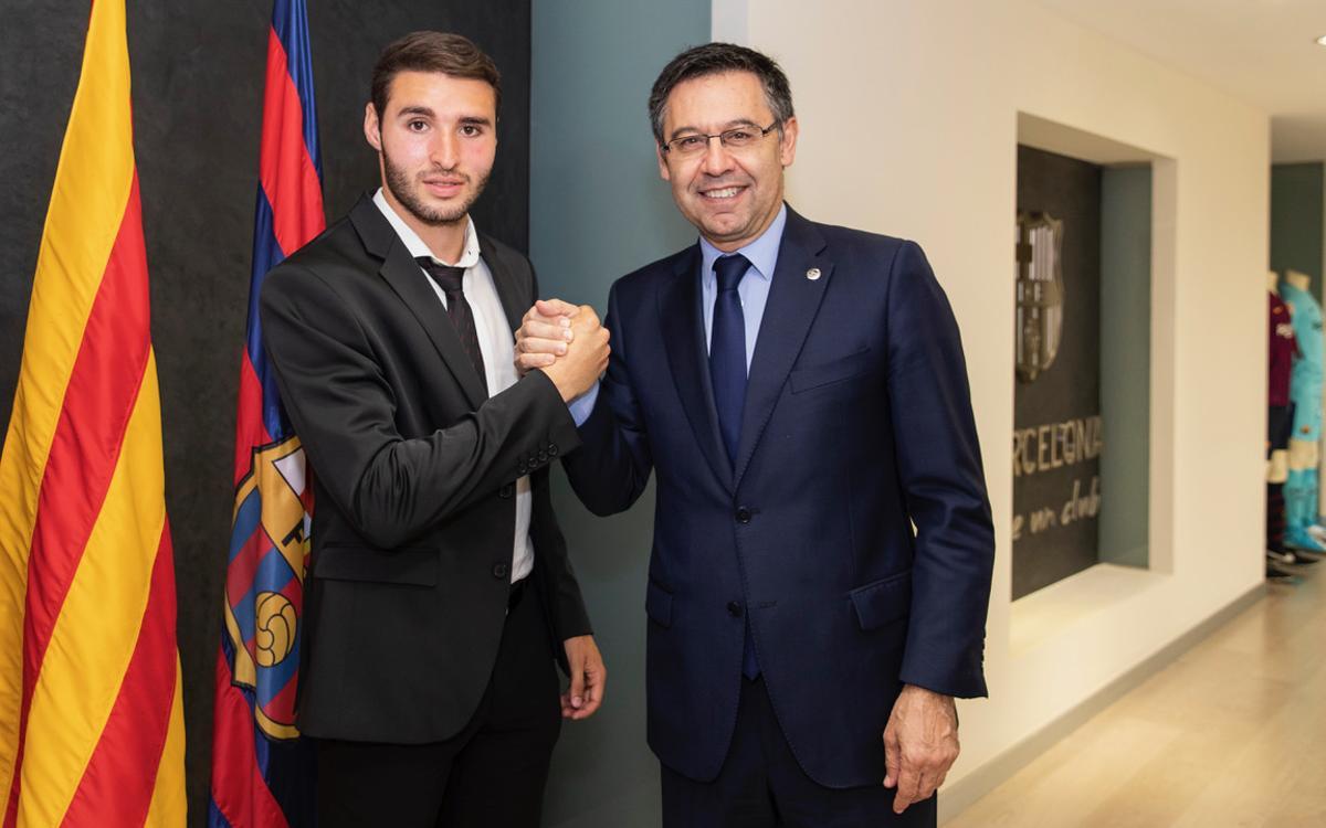 Abel Ruiz renueva hasta el 2021