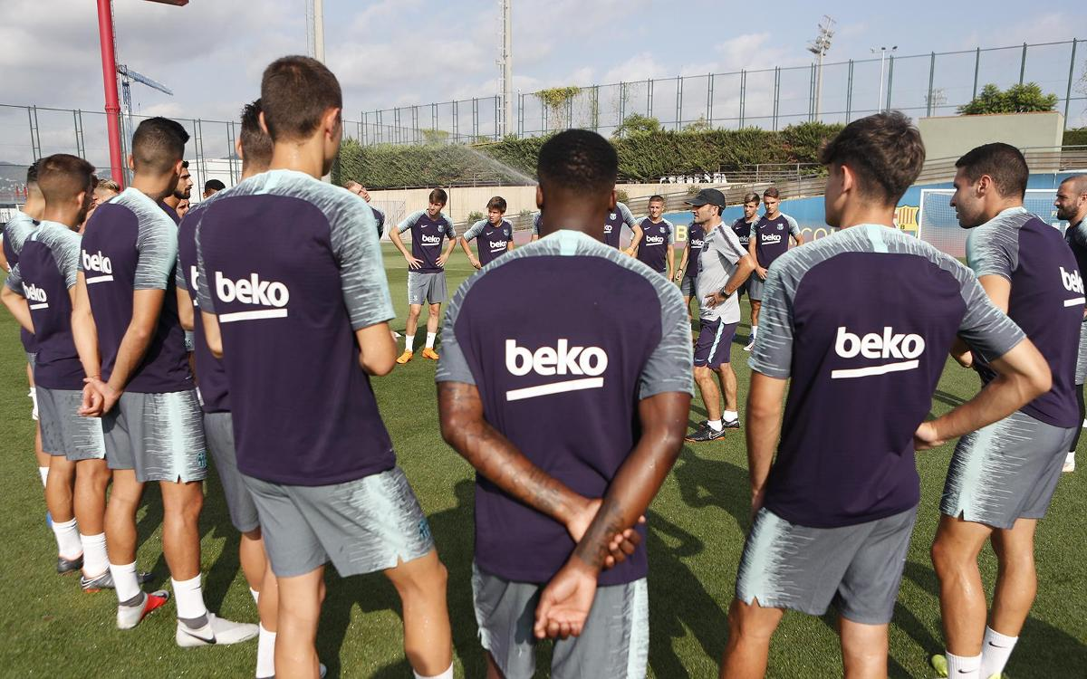 FC Barcelona's last training session before travelling to the United States