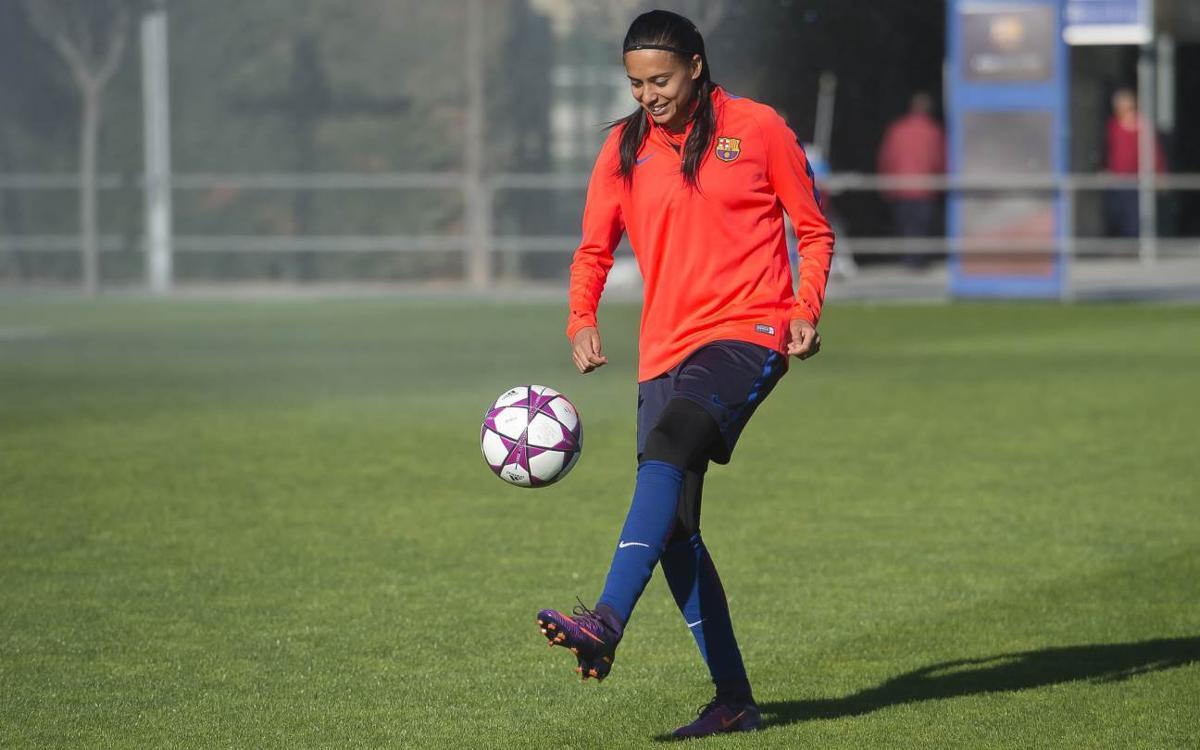 Admirez la technique d'Andressa Alves, à l'entraînement du Barça féminin