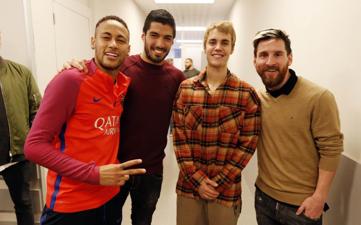 Justin Bieber visits FC Barcelona training session