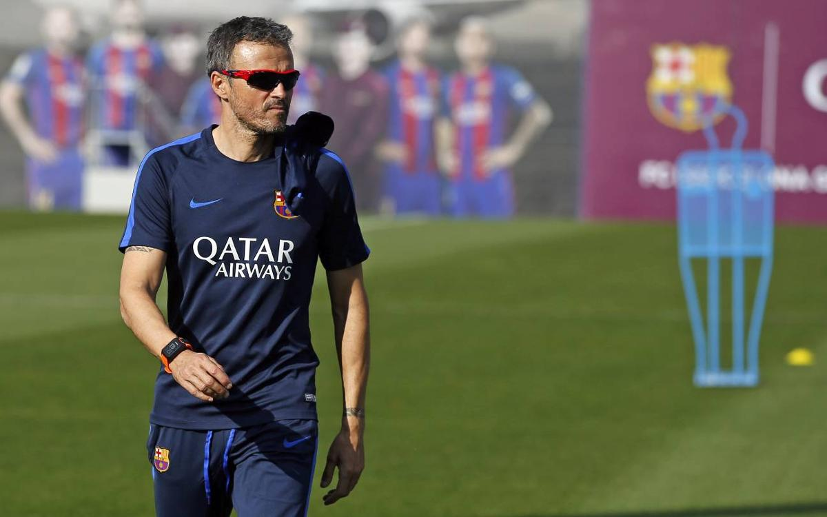 Fc Barcelona Manager Luis Enrique Wary Of Confident Malaga