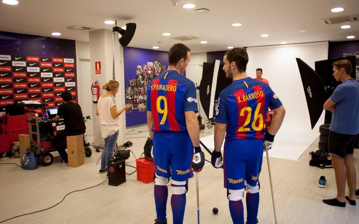 La sesión de fotos del Barça Lassa de hockey, en un minuto