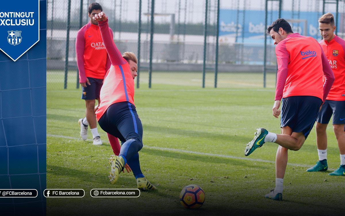 Tres rondos perfectes dels jugadors del FC Barcelona