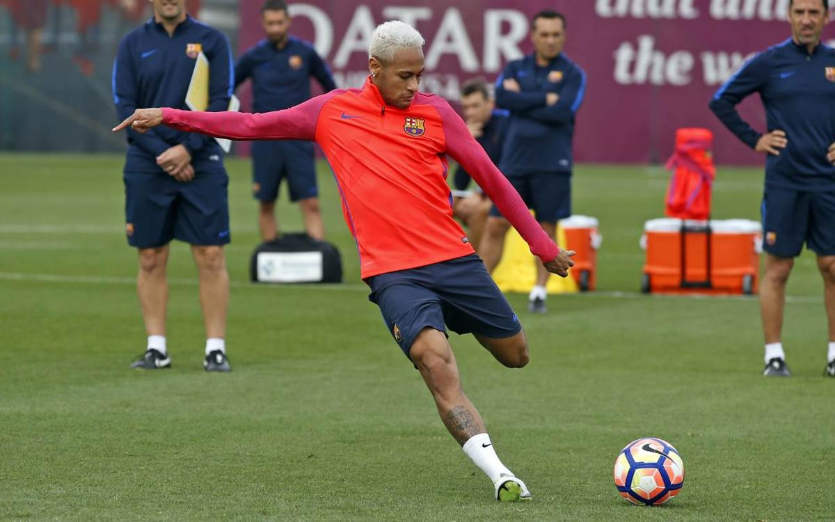 Neymar le magicien, à l'entraînement