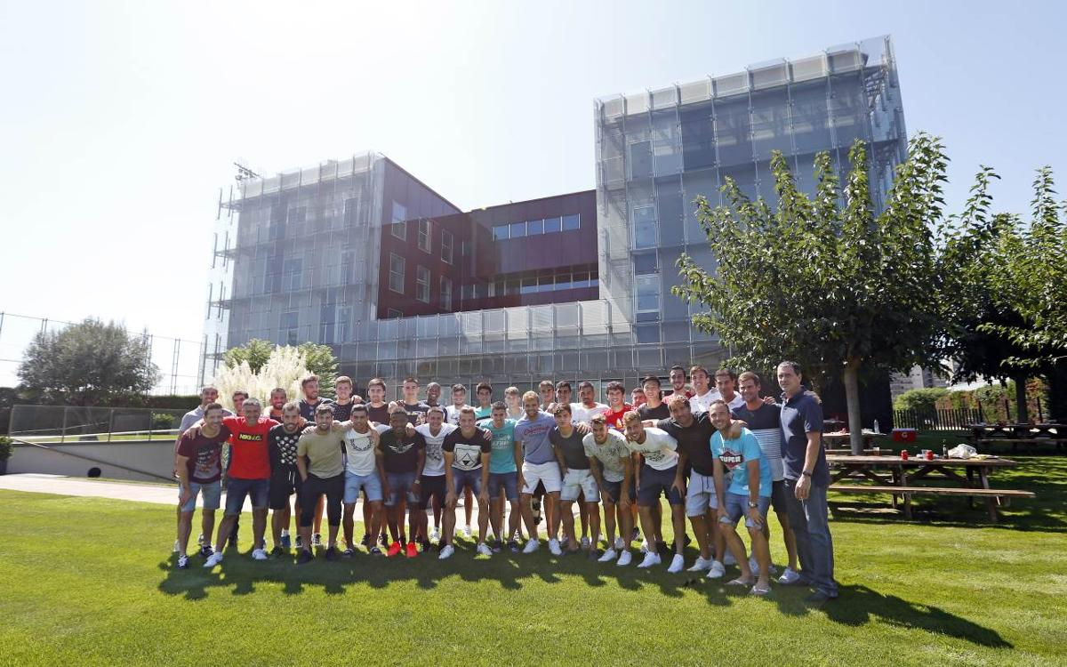 FC Barcelona B have barbecue at La Masia