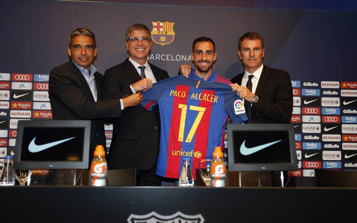 """Paco Alcácer: """"Signer au Barça est un grand pas dans ma carrière"""""""