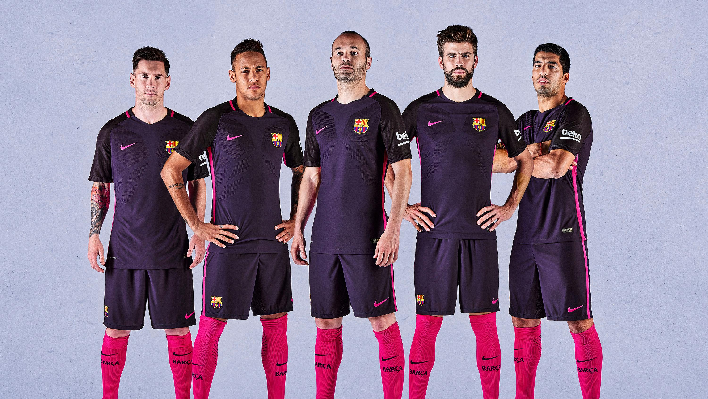 Espíritu Declaración humedad  The FC Barcelona away kit for 2016/17 will be purple